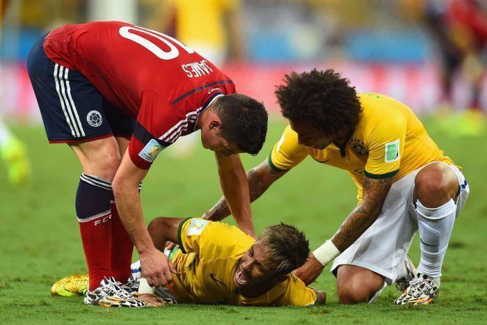Que humildad de JAMES RODRÍGUEZ! Cuándo se calló Neymar!