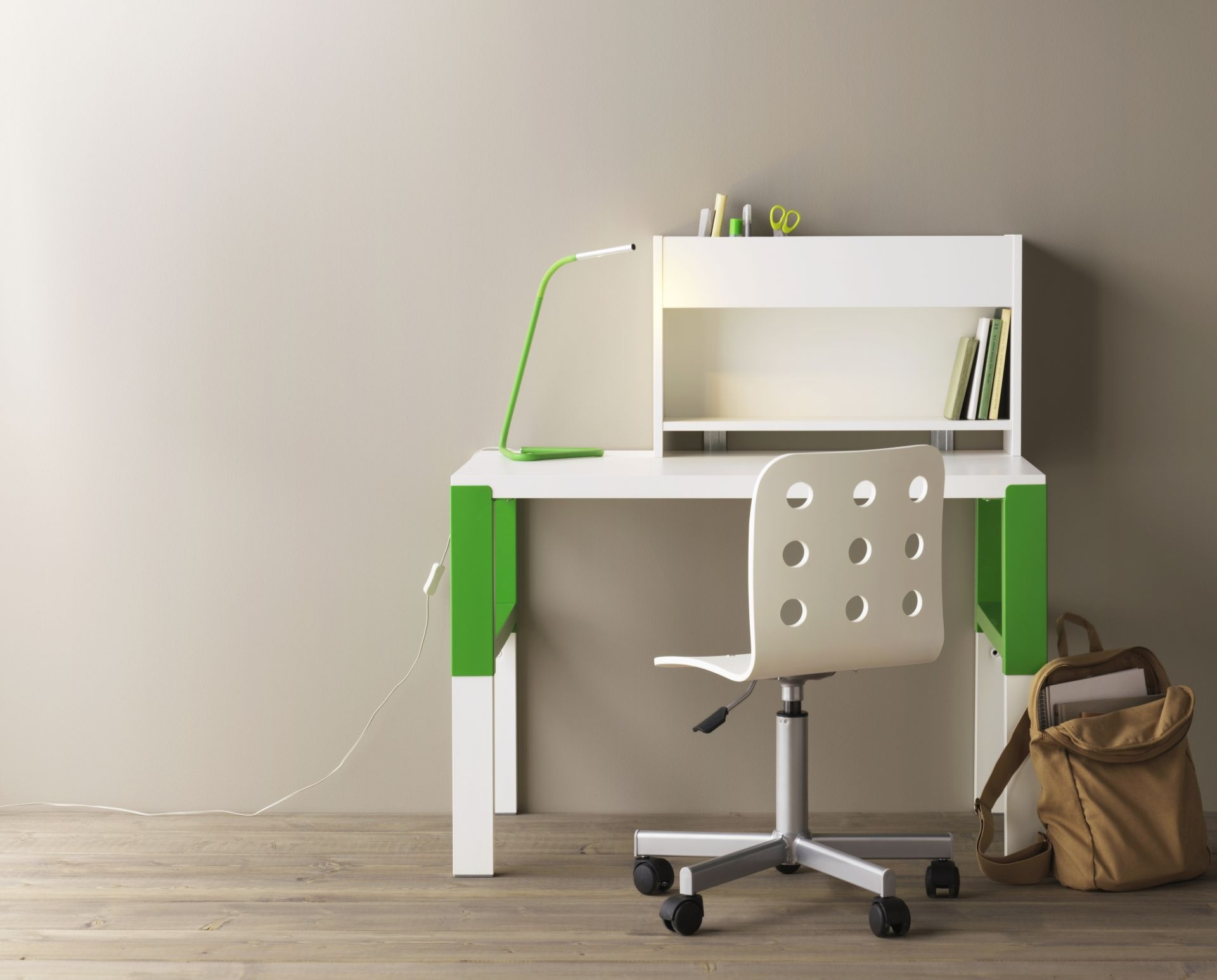 PÅhl bureau met opbouwdeel wit groen bureaus