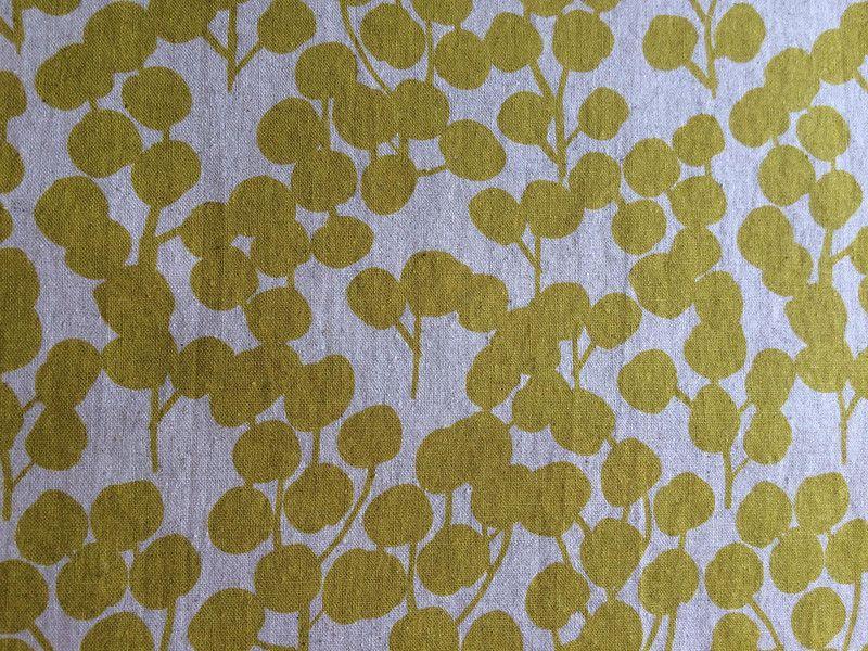 Stoff Grafische Muster Hokkoh Fabrics Berries Yellow Baumwoll Canvas Ein Designerstuck Von Twinkling Star Bei Dawanda Stoffe Zum Nahen Grafische Muster Und Stoffe