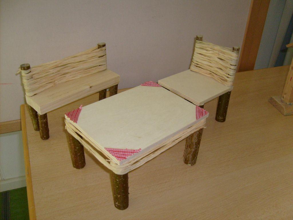 Einen Holzstuhl Für Die Puppe Selbst Bauen Oder Doch Ein Bett.Puppenmöbel  Bauen, Kindergartenkinder
