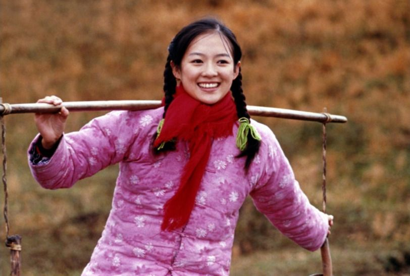 The Road Home/我的父亲母亲/Wǒ de Fùqin Mǔqin – 2000 Chinese Film Review in 2021 |  Chinese films, Film courses, Film review