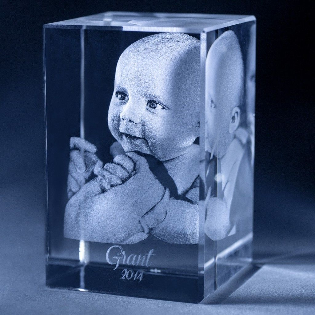 Creating Custom 2d And 3d Engraved Crystals 3d Photo Crystals 3d Crystal Personalized Photo Gifts