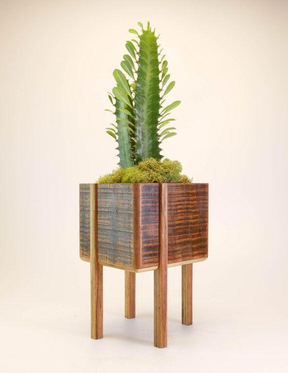 Plantador de bambú con piernas Jardinera con soporte | Proyectos de ...