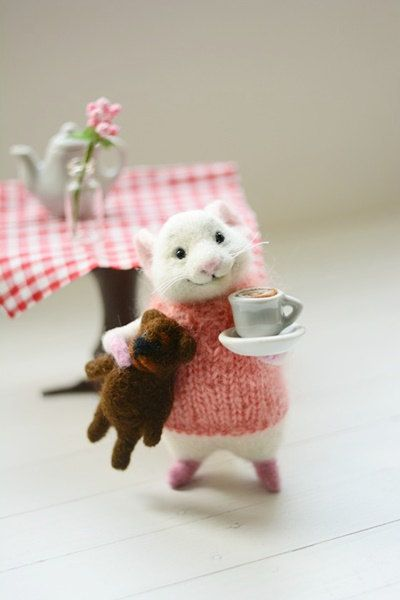 MADE TO ORDER Needle felted wool Filz mouse Felt toys Mouse and coffee Felted animal Miniature bear White mouse Mouse and bear Cup of coffee #needlefeltedanimals