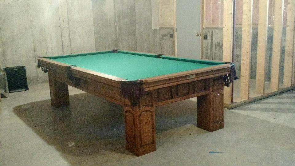 Superbe Connelly Chirachaua Pool Table Shown In Medium On Oak. The Chirachaua And  All Other Connelly