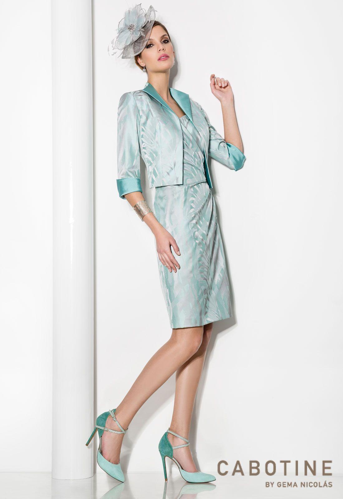 DONNA 6188  Conjunto vestido de fiesta y chaqueta en Jacquard con detalles en cristal, en color verde agua