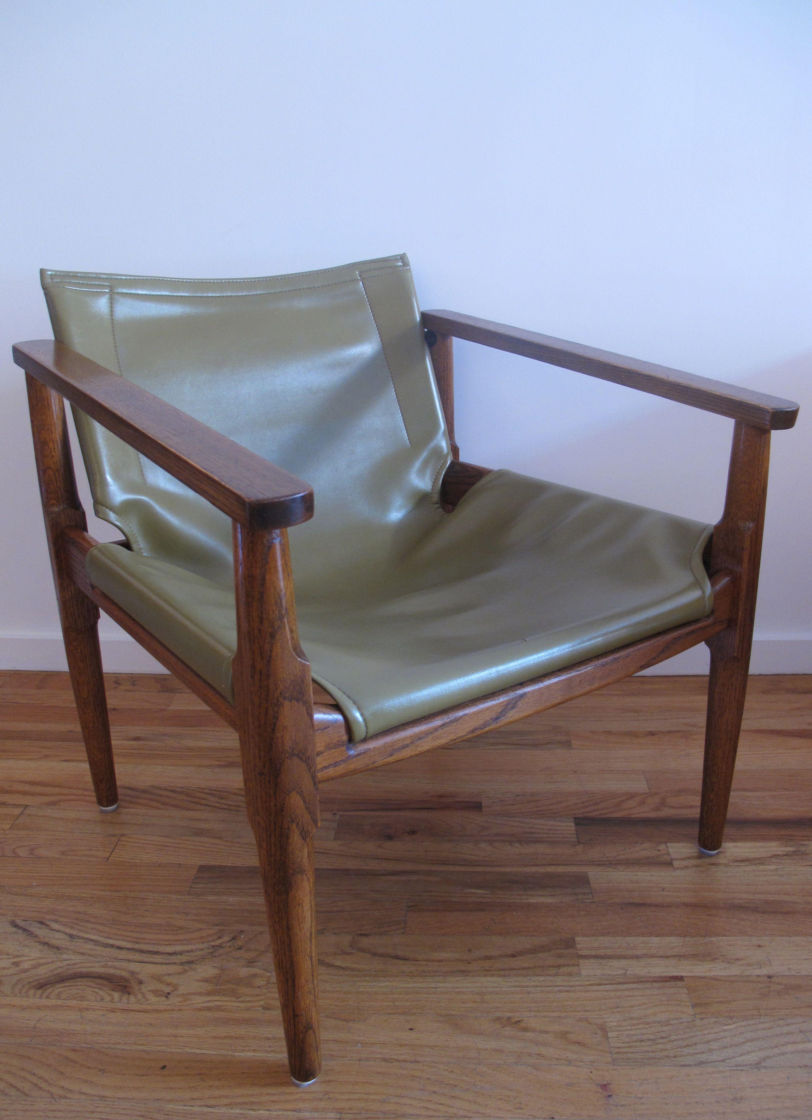 Brown Saltman Safari Chair