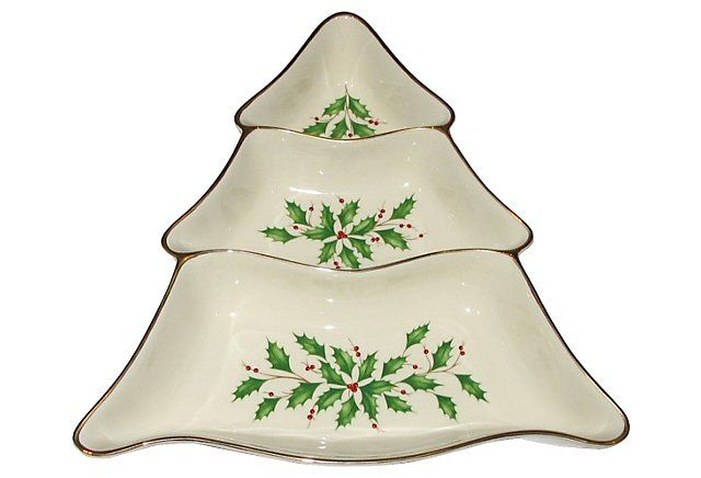 Classic holiday serving piece