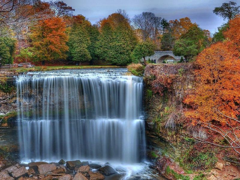 Beautiful Autumn Falls XHD Wallpaper On MobDecor Http://www.mobdecor.com