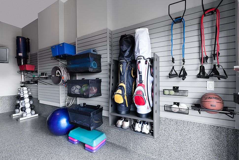 Garage Gym Look How Yoga Mats Were Rolled Amp Placed Into
