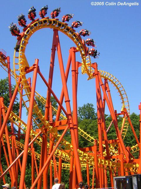 Pin By Joao Dias On G ƒsyacye Thrill Ride Roller Coaster Roller Coaster Ride