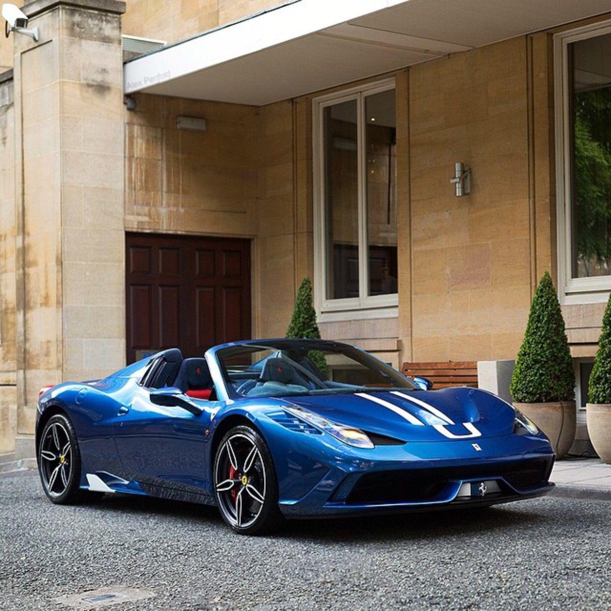 Ferrari 458 Speciale: Ferrari 458 Speciale Aperta Painted In Tour De France Blue