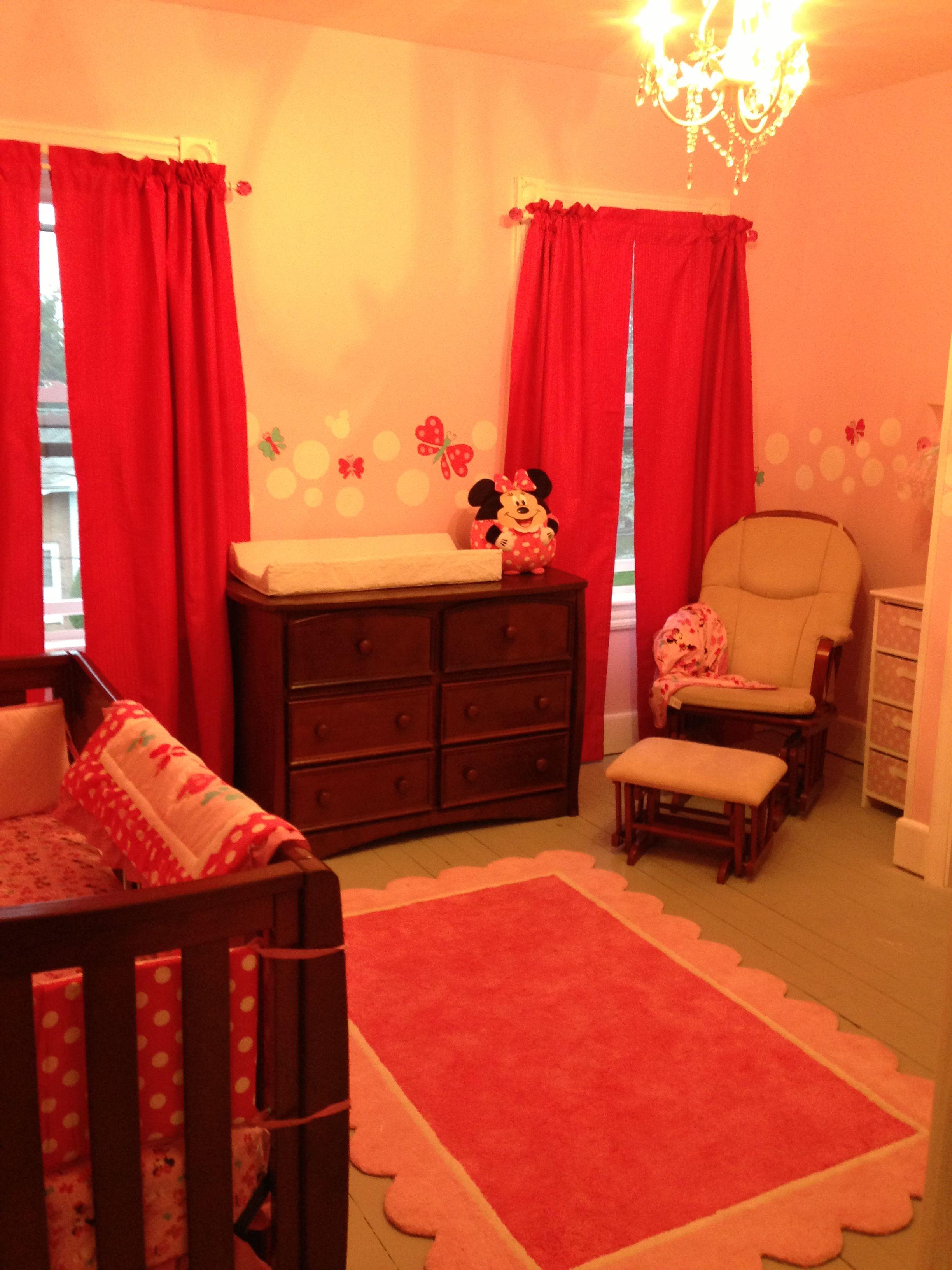 Minnie Mouse Nursery, Pink Rug Is A Nice Touch
