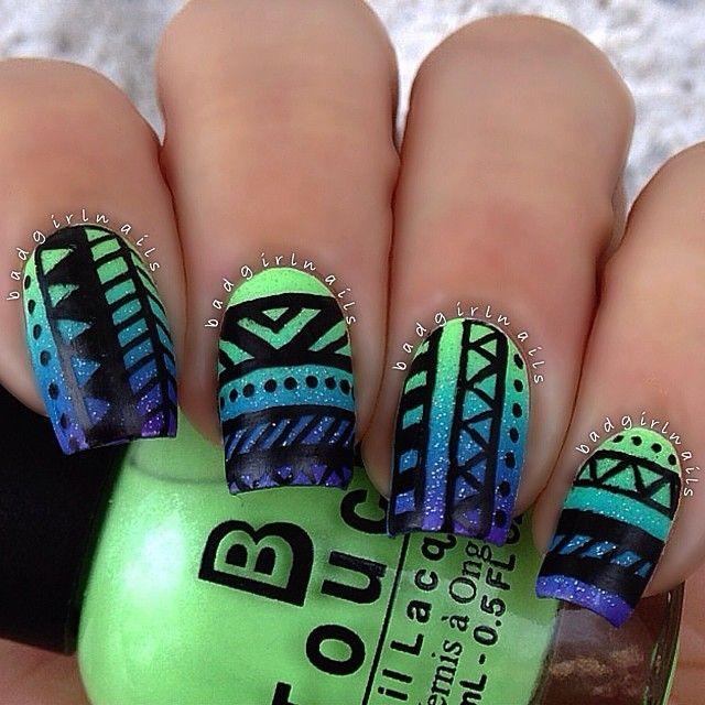 uñas estilo azteca con degradado azul verde y morado   nails ...