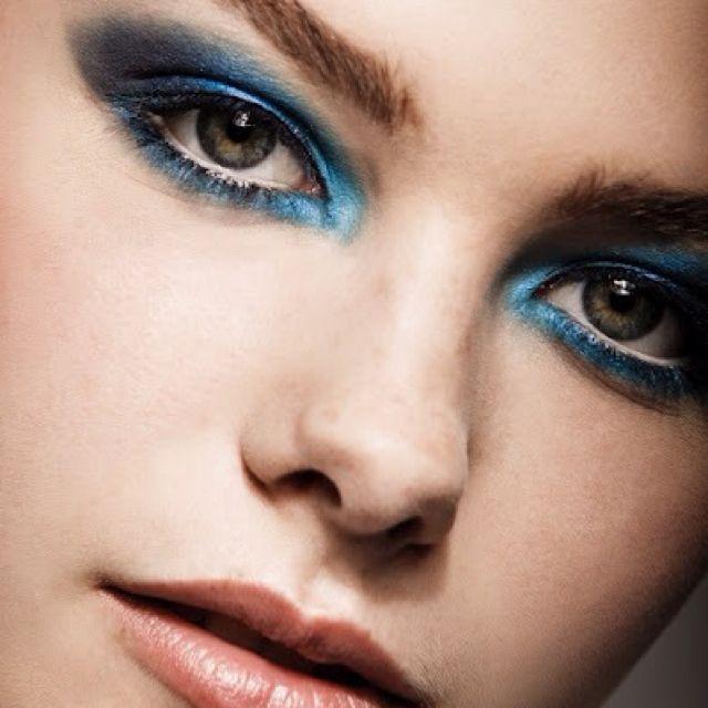 Dramatic intense blue. Love.