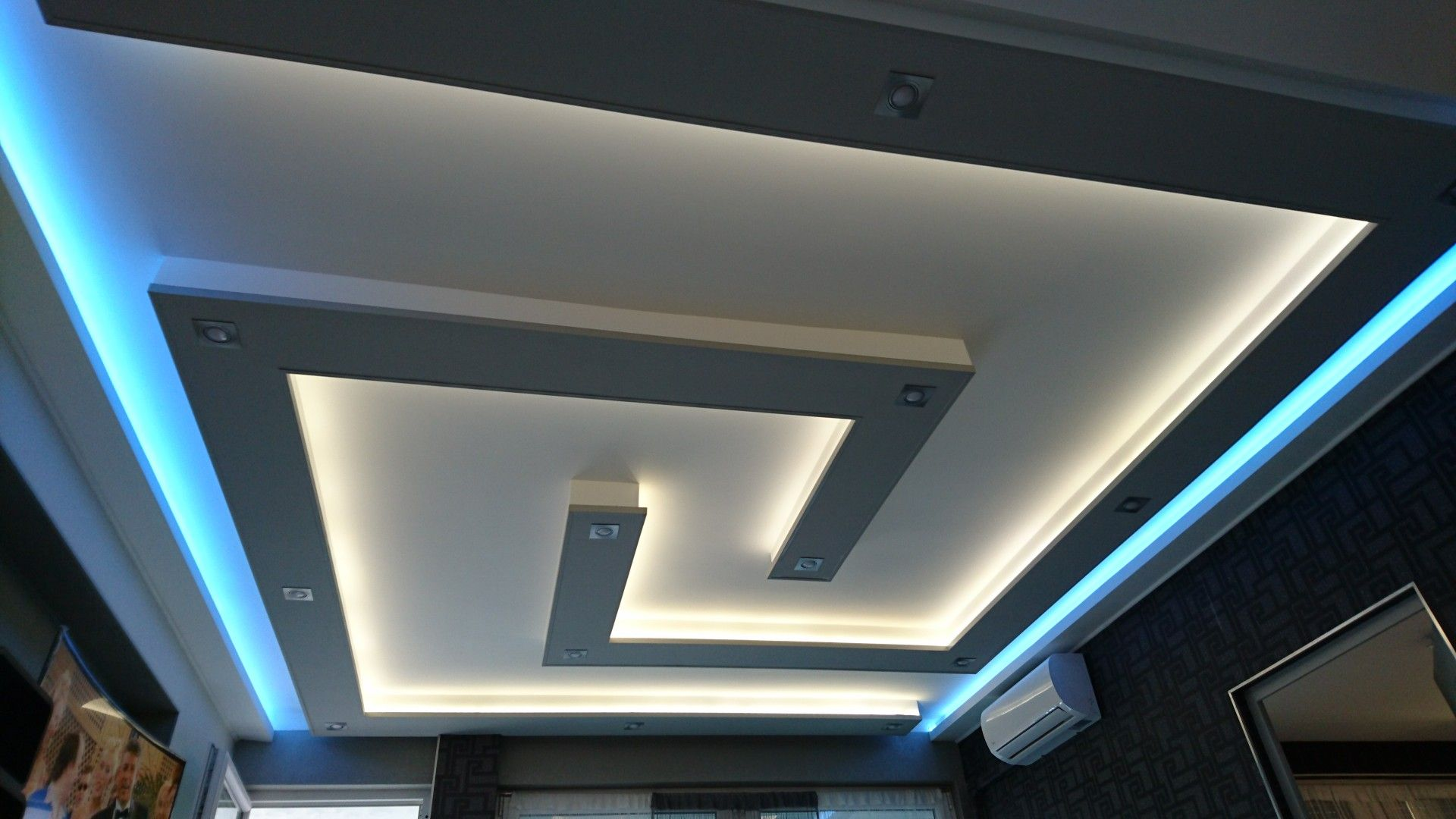 Pin By Hdhshhs Jdjdjd On Epiteszet False Ceiling Design Gypsum Ceiling Design Ceiling Design Living Room
