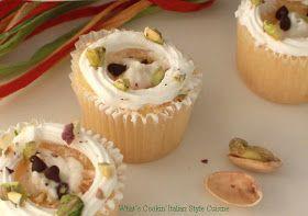 What's Cookin' Italian Style Cuisine: Italian Cannoli Filled Cupcake Recipe