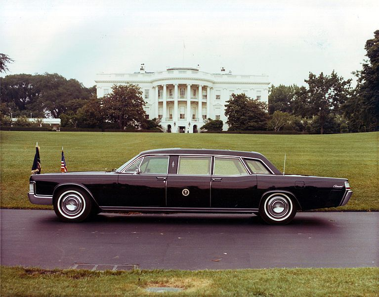ford president car. the 1972 presidential limousine, a lincoln continental, used by presidents richard nixon, gerald ford president car e