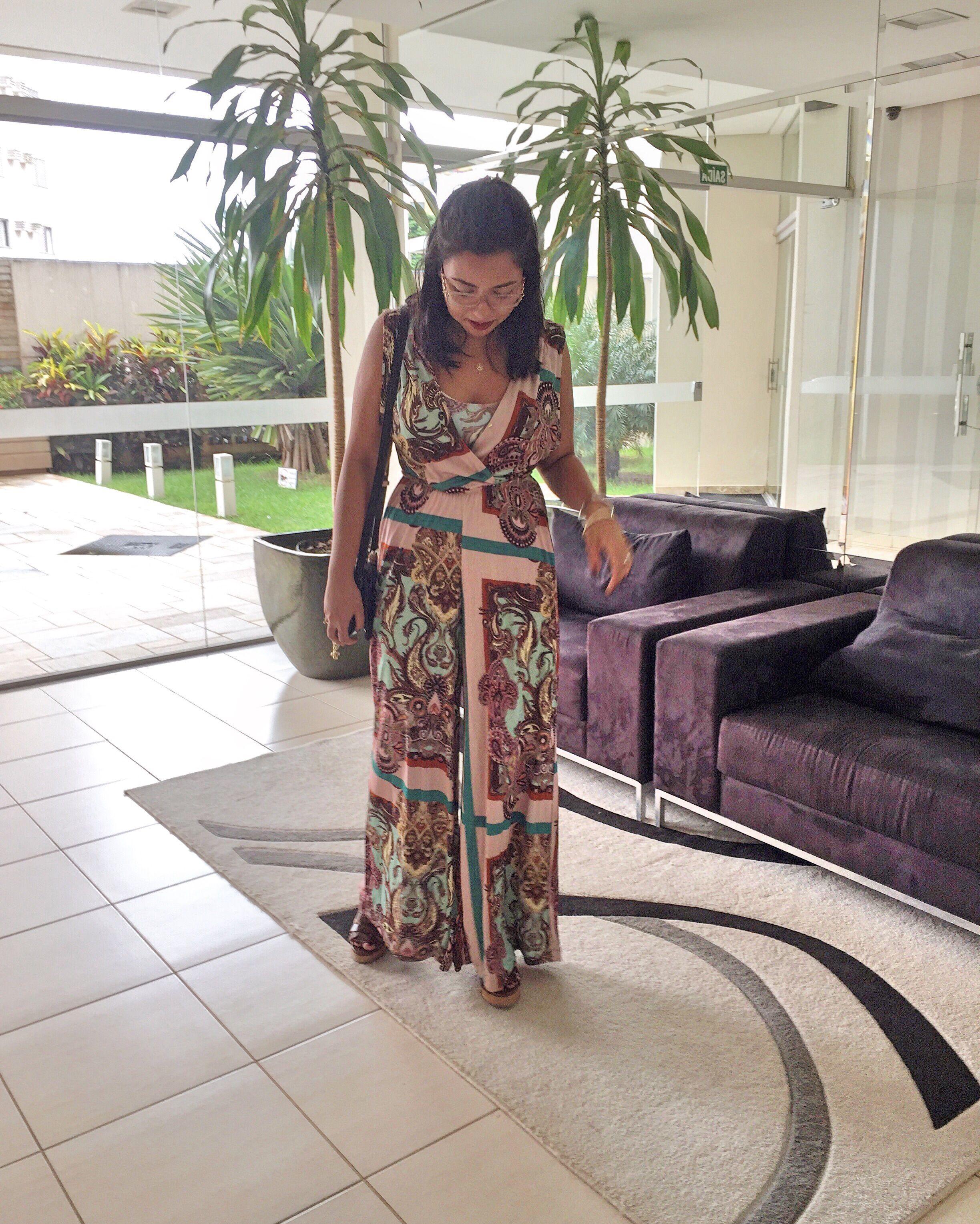 Look macacão lenço tigresse outfit pinterest
