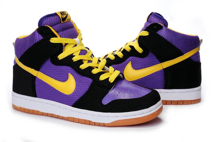 newest 862cf 70f71 Nike Dunk High Lakers Spring 2010 Release Black Purple