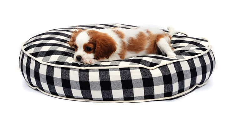 buffalo plaid circle pet bed by waggo great gifts for pets style