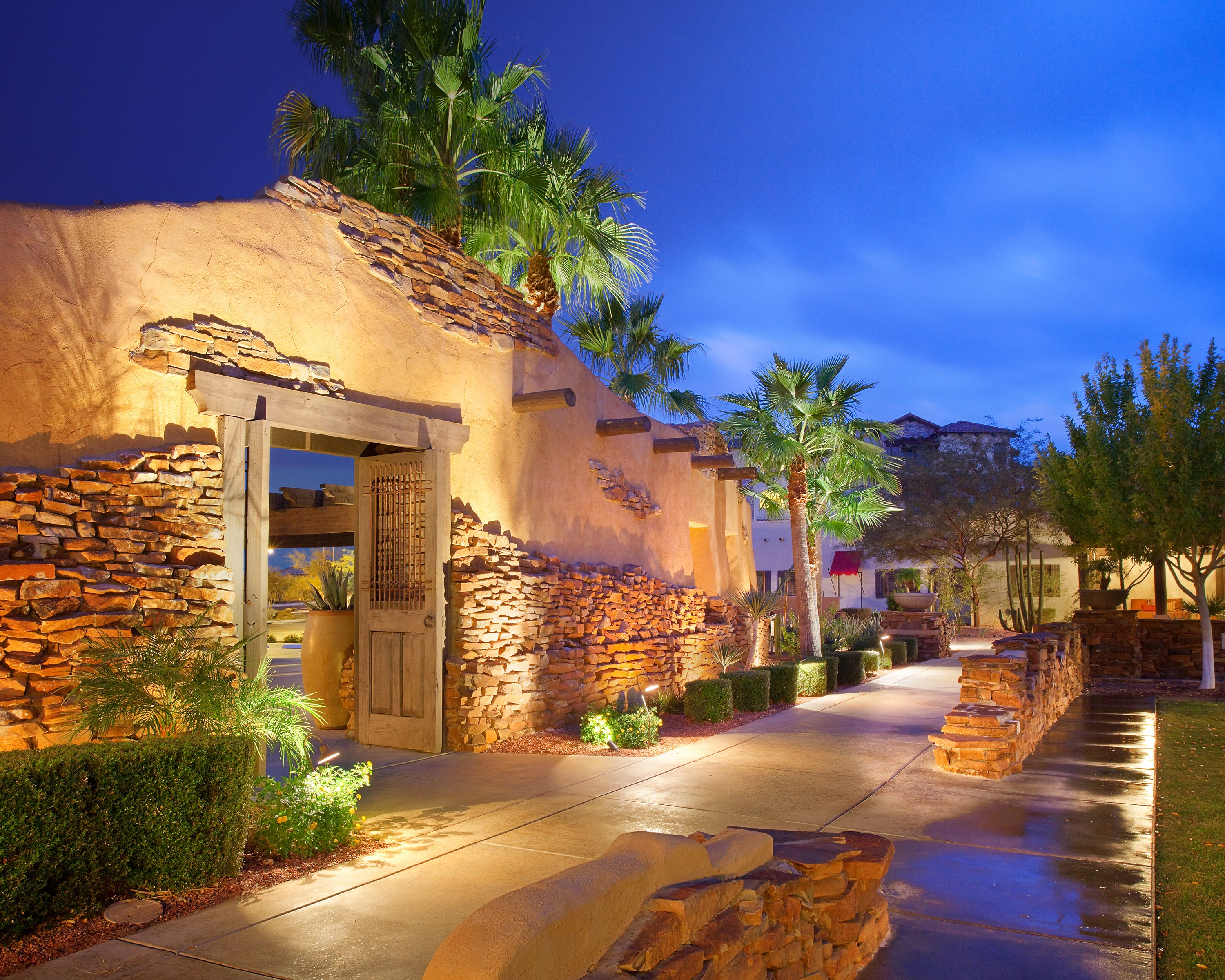 Stroll the beautiful grounds of Bluegreen Vacations Cibola