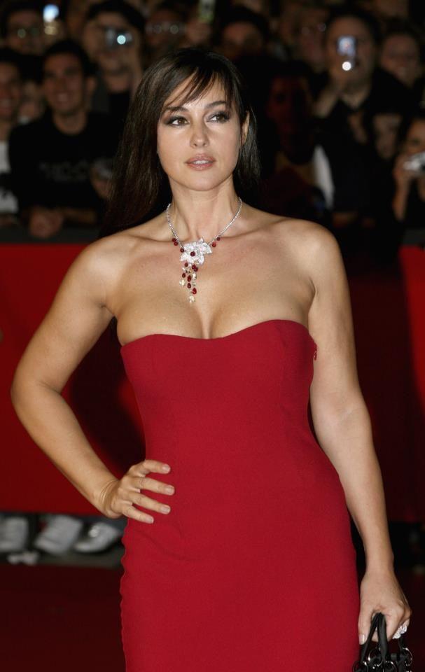 Monica bellucci nackt im film