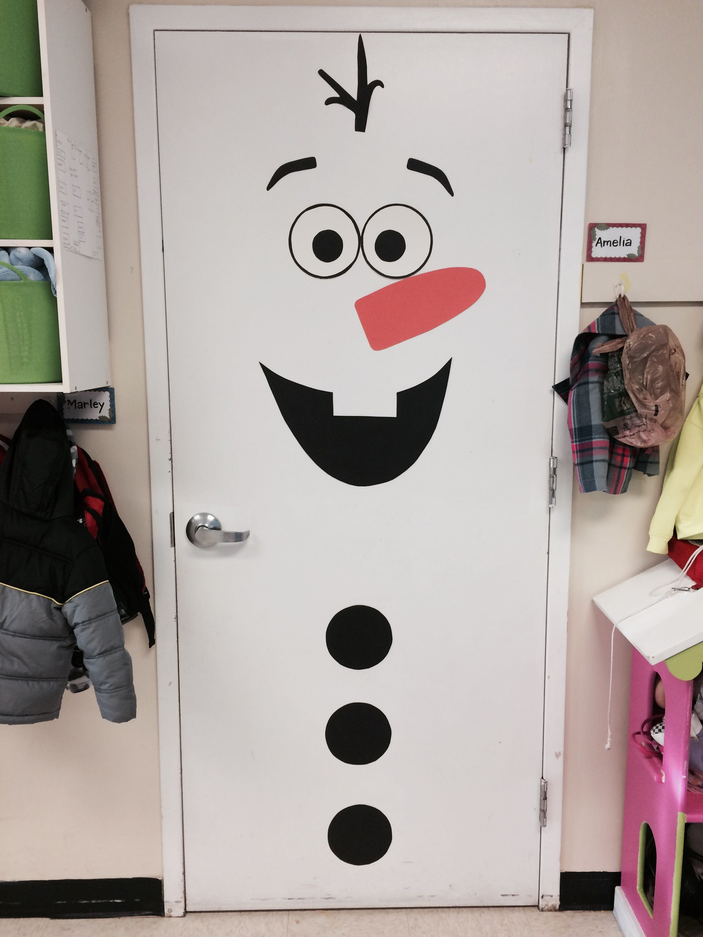Easy Olaf door decoration! | Christmas | Pinterest ...