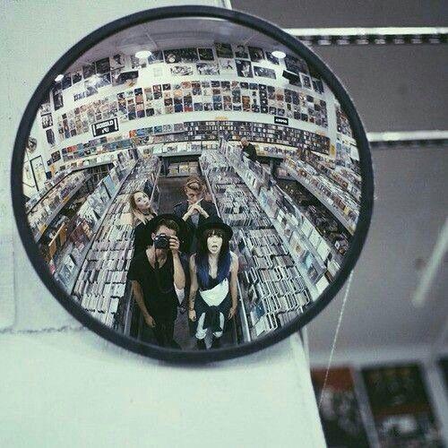 Imagem de grunge, friends, and mirror Grunge photography