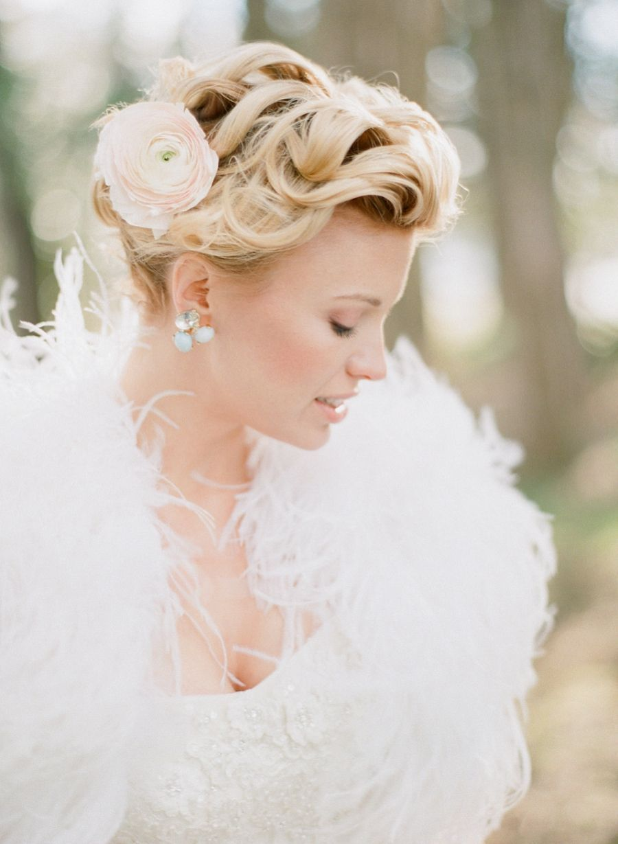 Lainey\'s Romantic Bridal Session | Romantic weddings, Updo and Romantic
