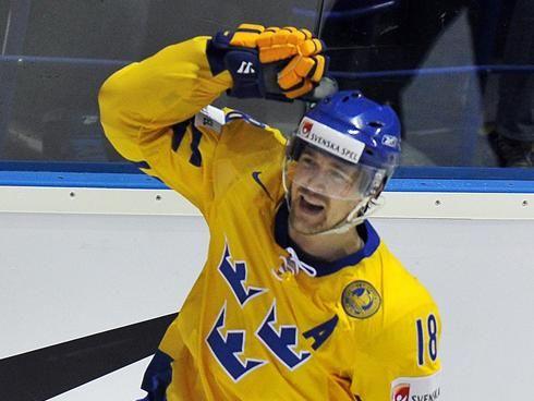 Berglund playing on Team Sweden
