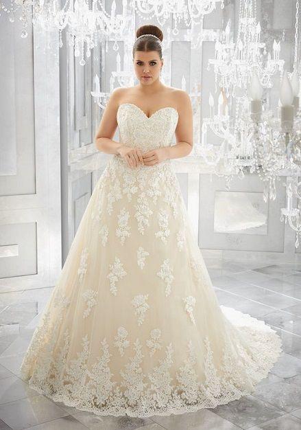 Traumhafte Plus Size Brautkleider von MORILEE! Finde bei uns Dein XL ...