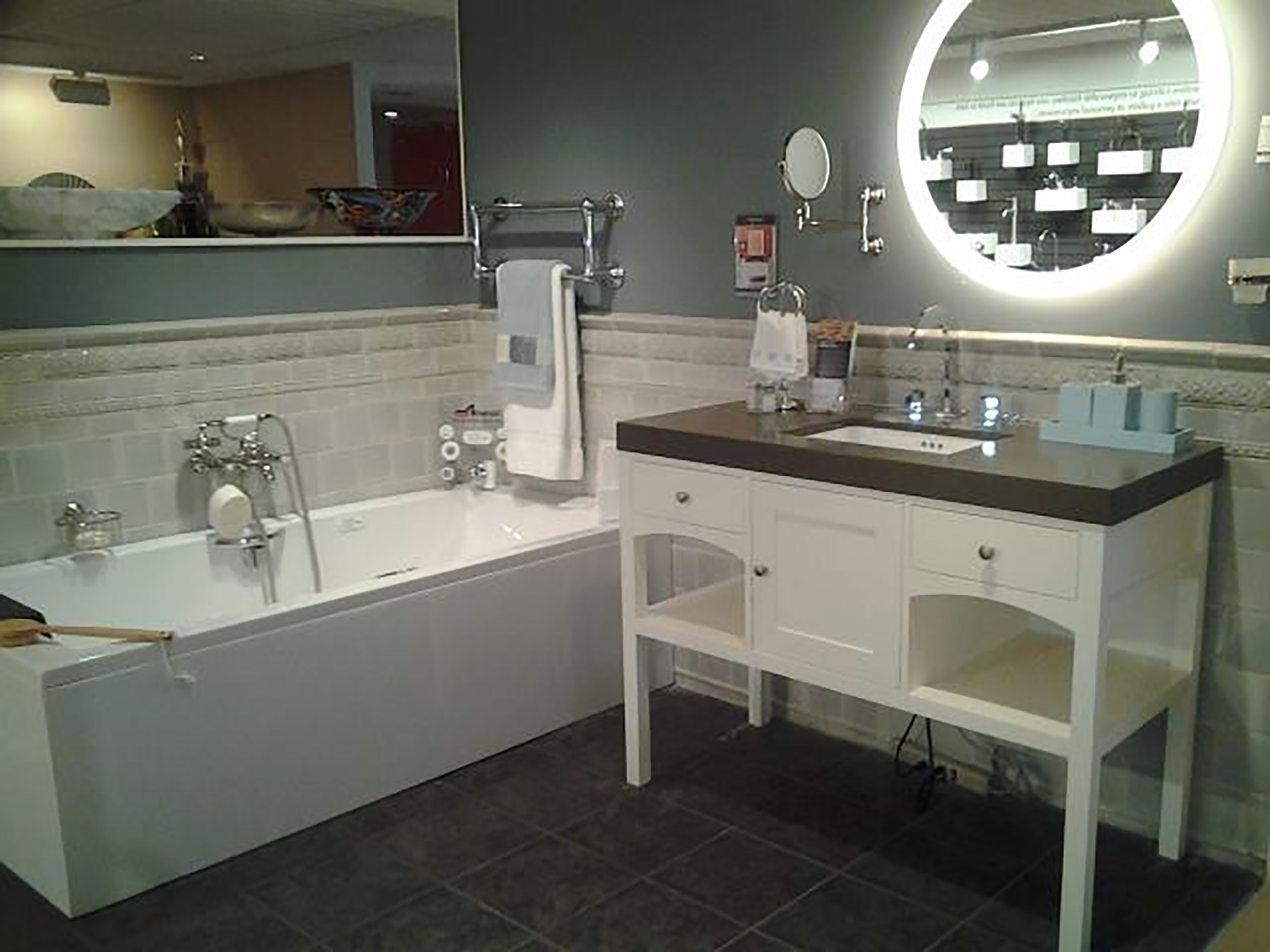 Ronbow vanity, Americh tub, and an Electric Mirror. On display ...