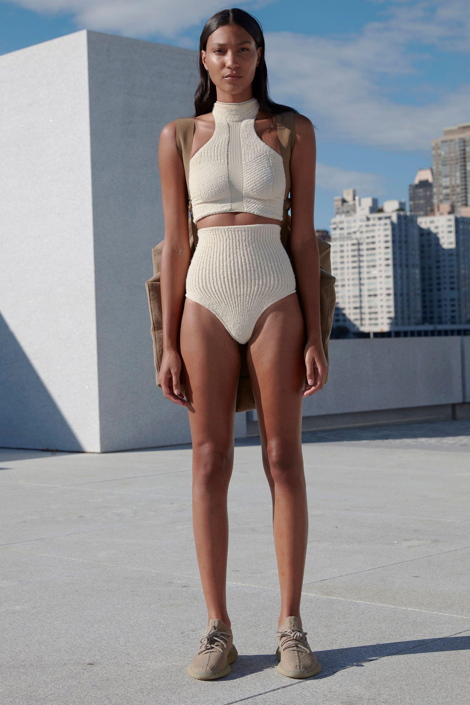 Enjoy Every Look From Kanye S Yeezy Season 4 Fashion Show Yeezy Fashion Fashion Beachwear