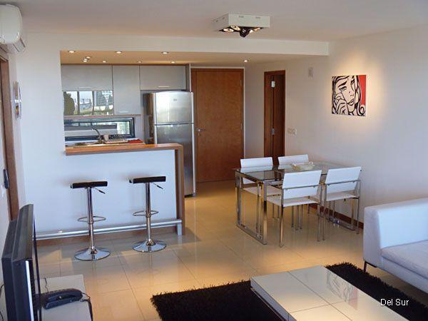 Resultado de imagen para cocinas con desayunador modernas for Cocinas modernas pequenas para apartamentos con desayunador
