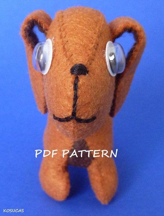 Patrón para hacer un perro poco fieltro en PDF. por Kosucas en Etsy