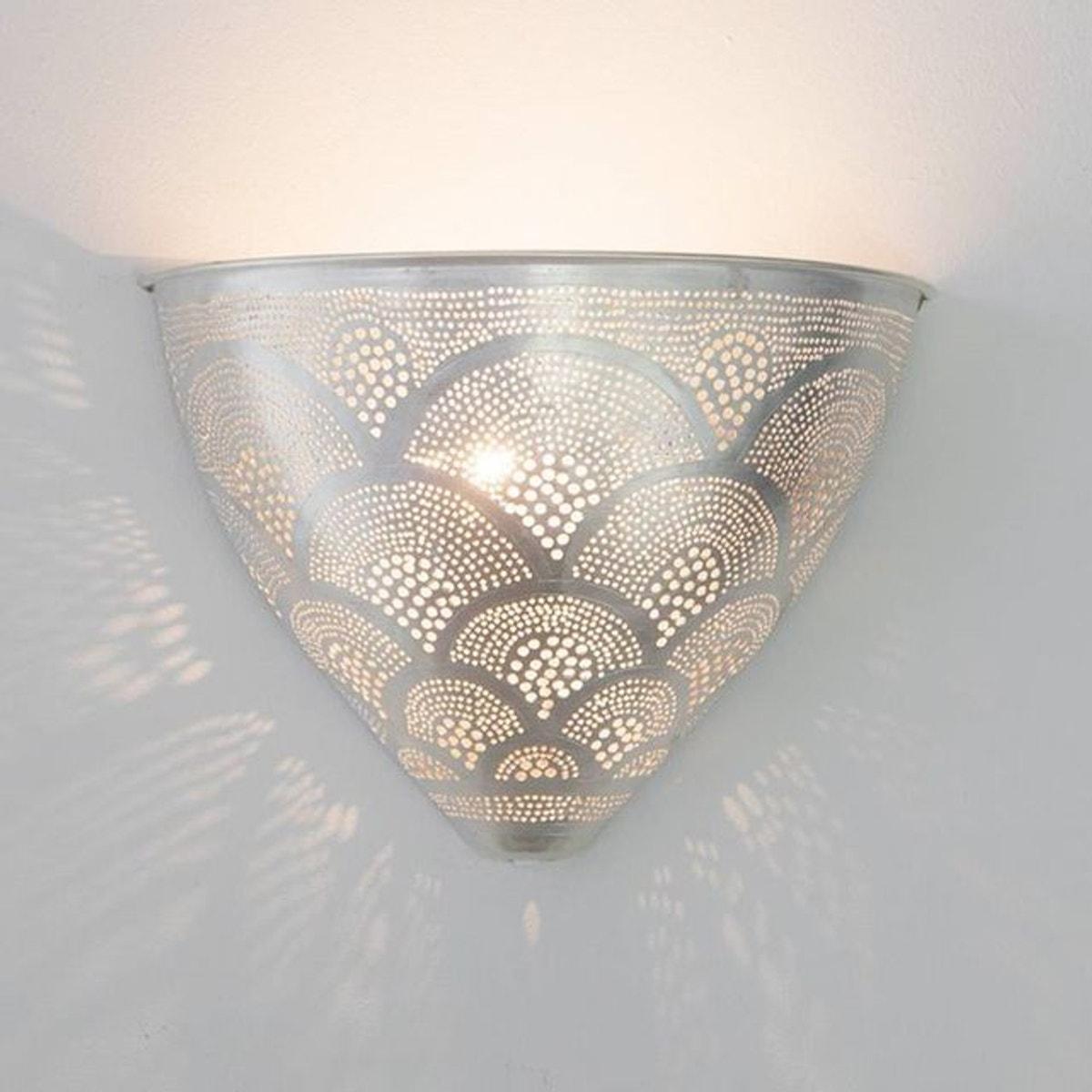Appliques Murales Metal Egg Fan En 2020 Applique Murale Parement Mural Et Metal Perfore