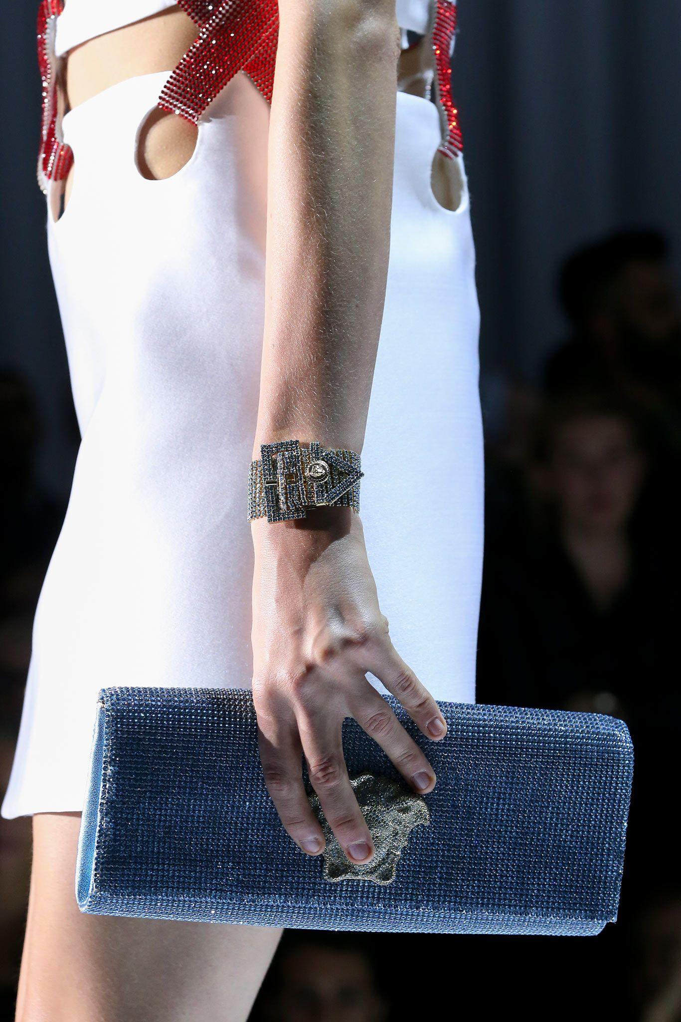 #acessorio #bolsa #accessory #purse #handbag #versace #spring2015RTW
