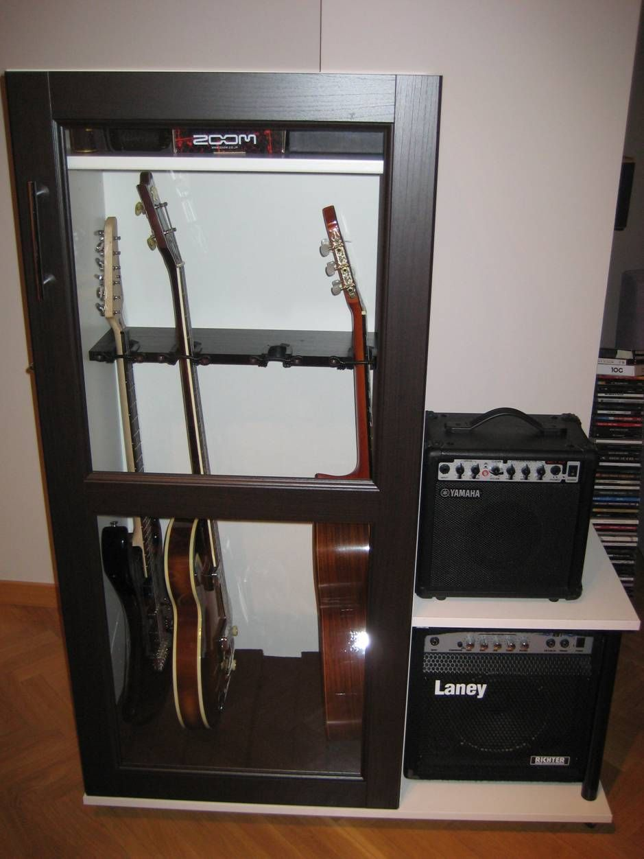Mueble para guardar las guitarras cosas para el hogar pinterest guitarras estanter as y - Ikea muebles bajos ...