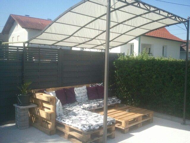 sitz lounge aus euro paletten einfach und g nstig und so gehts couch paletten gebraucht stk. Black Bedroom Furniture Sets. Home Design Ideas