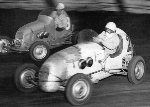 1946 Car Indiana Midget Race