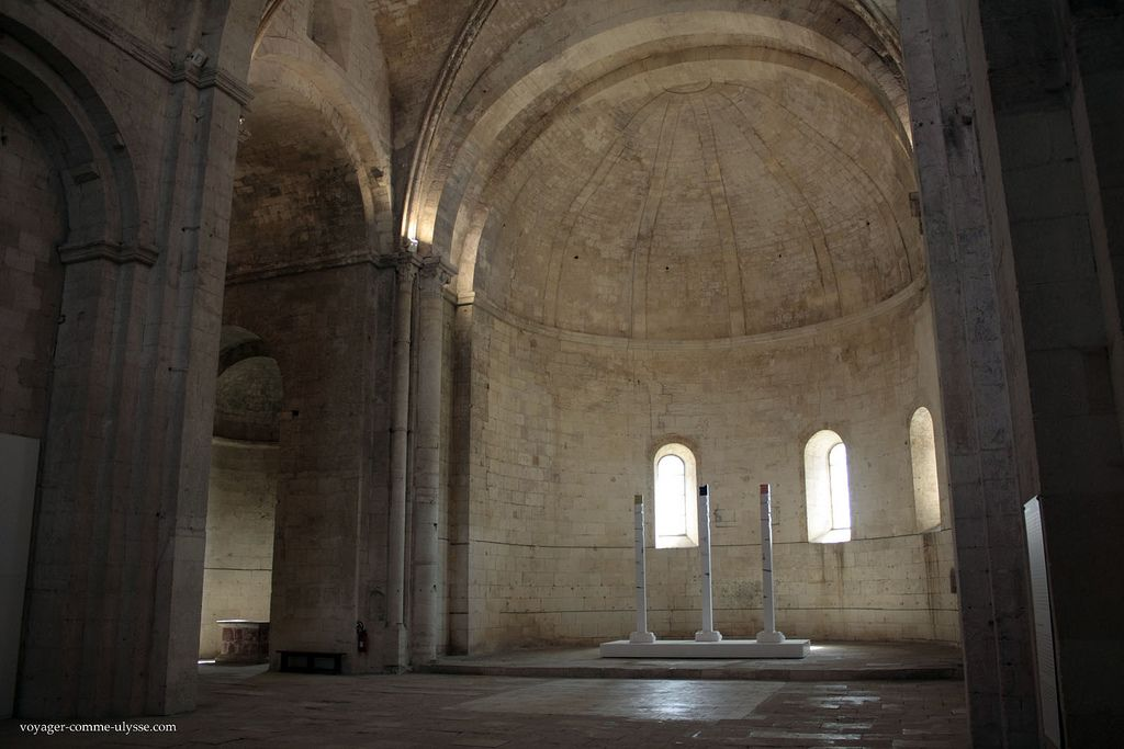 Bouches Du Rhone Arles Abbaye De Montmajour Eglise Notre Dame Abbaye Eglise Notre Dame La Chaise Dieu