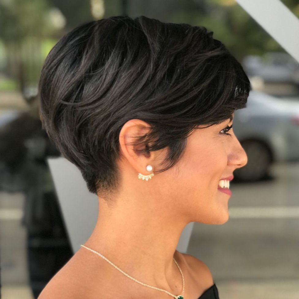 Sweet Feathered Pixie Bob Thick Hair Pixie Short Hairstyles For Thick Hair Thick Hair Styles