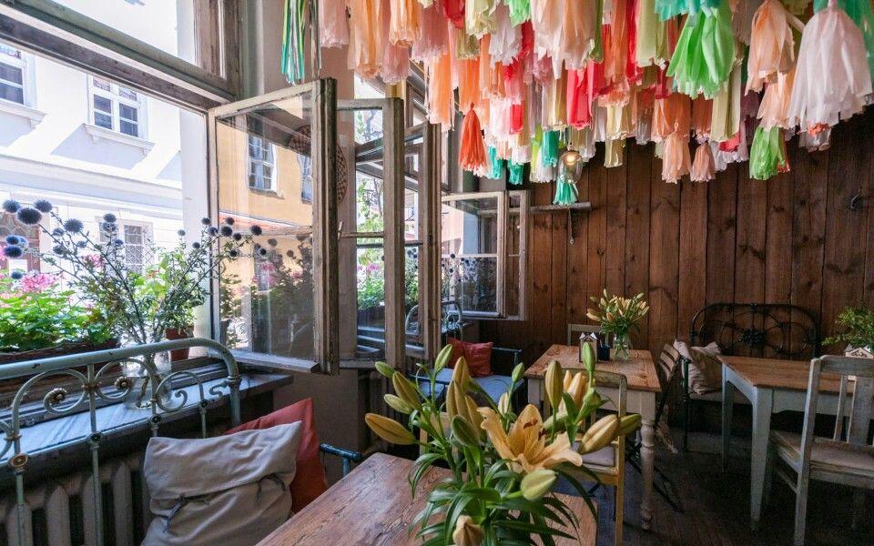 Weranda Caffe Interior Decorating Decor Interior