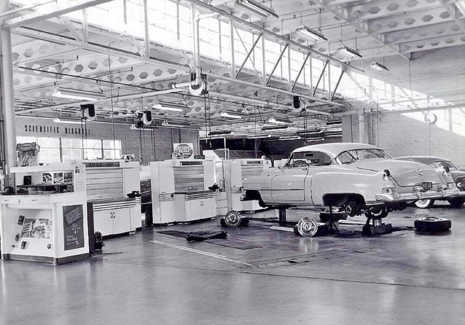 Pin On Vintage Car Dealerships Auto Repair Shops Auto Parts Stores