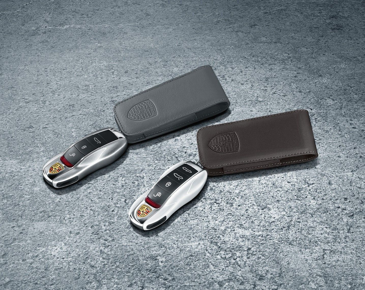 Porsche Key pouch in leather with decorative stitching and embossed ...