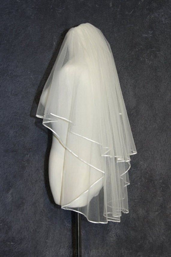 Diseño minimalista velo,2Tier velo,la cinta de borde,velo de novia,de alta cali…
