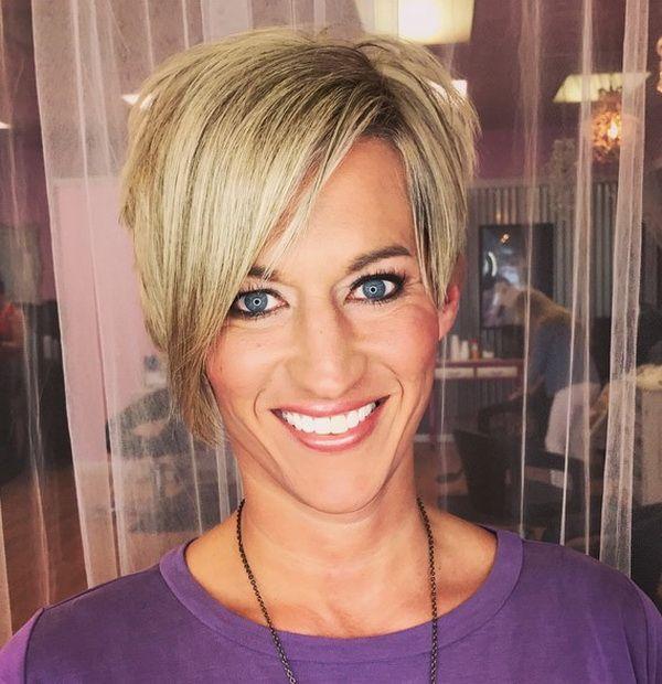 12+ Pixie Cortes de cabelo para Mulheres mais Velhas - http://bompenteados.com/2017/09/01/12-pixie-cortes-de-cabelo-para-mulheres-mais-velhas.html