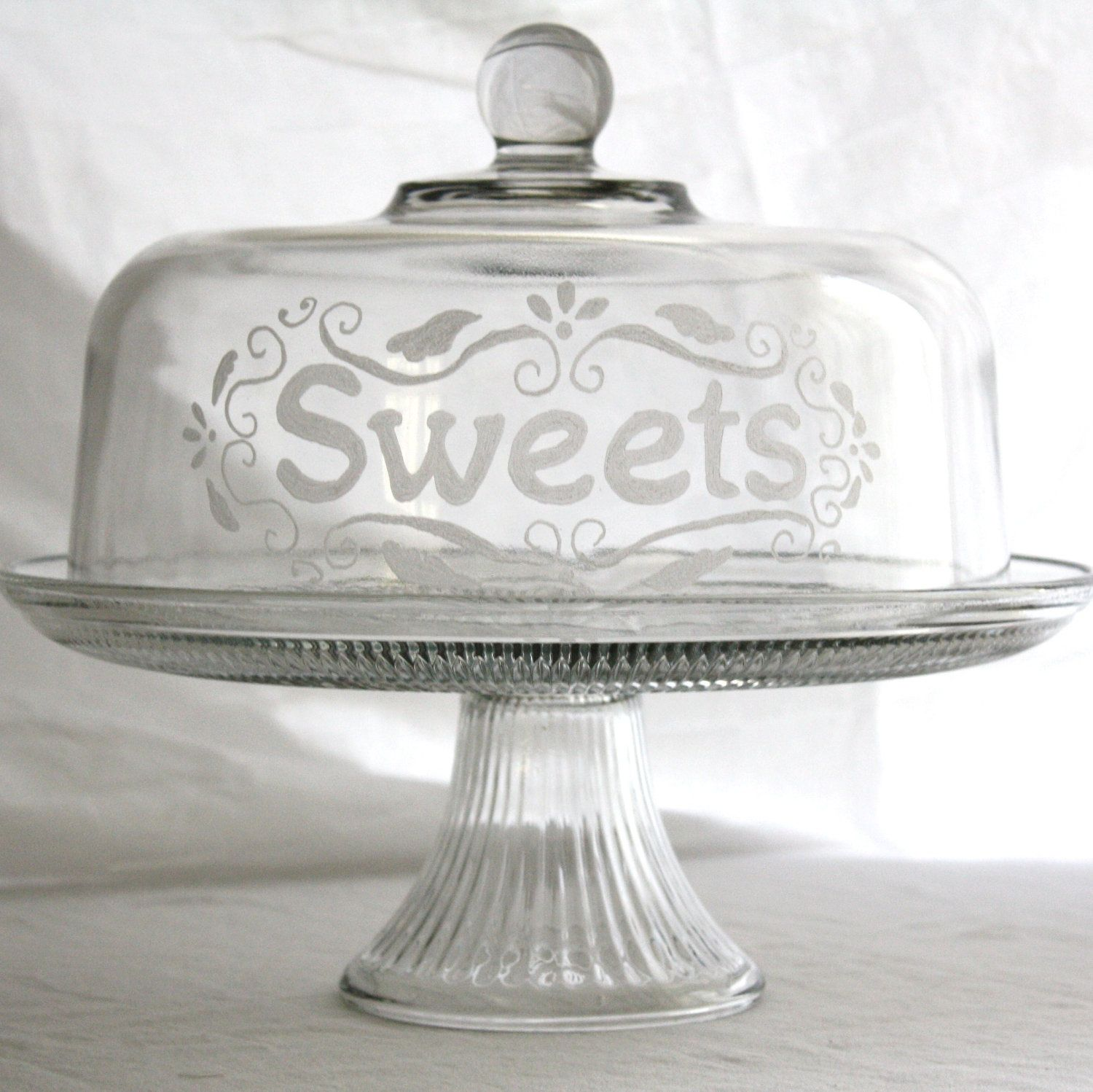 Etched Glass Cake Stand Sweets (Domed Cake Plate With Cloche)