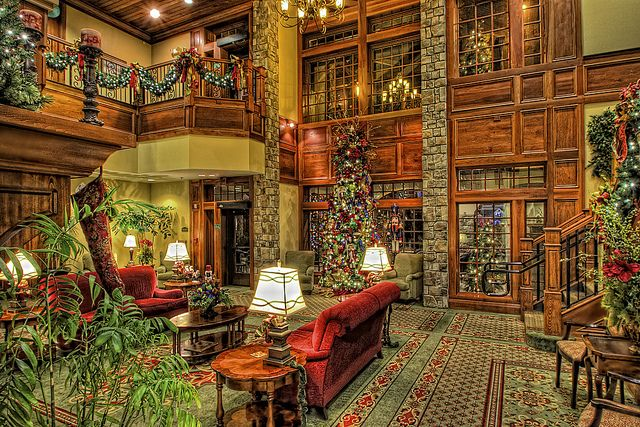 the inn at christmas place cute little christmas hotel in great smoky mtns nat park